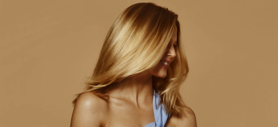 Tips and Tricks to Get Shiny Hair
